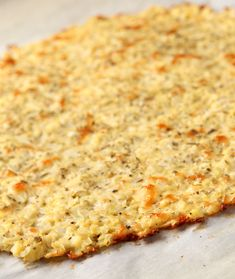 Best And Easiest Low Carb Cauliflower Pizza Crust Easy Cauliflower Pizza Crust, Califlower Pizza, Thin Crust Pizza, Cauliflower Ideas, Cauliflower Salad, Roasted Cauliflower, Low Carb Soup Recipes, Keto Recipes, Clean Eating Pizza