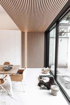Interior inspiration for modern interior design in livingroom, bedroom, hallway and office. Wooden wall and ceiling decoration for house inspo. Interior Design Living Room, Living Room Designs, Modern Interior Design, Living Room Decor, Interior Decorating, Zen Decorating, Dining Room, Modern Office Design, Küchen Design