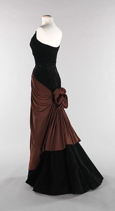 Charles James, 1947 not really my colour but the cut of the dress is pretty!