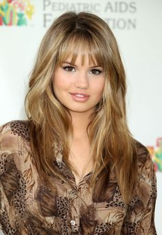 This is how I get my hair highlighted ! Instead of going short Im going for the hot mom haircut ;)