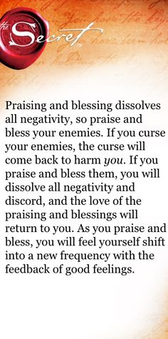 Praising & blessing is like a boomerang Manifestation Law Of Attraction, Law Of Attraction Affirmations, Secret Law Of Attraction, Law Of Attraction Quotes, Positive Thoughts, Positive Vibes, Staying Positive, Secret Quotes, The Secret Book