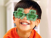 Patricks Day by turning the whole world green with these magic Leprechaun glasses kids can make themselves. Free crafts and craft ideas for kids at Fisher Price! St Patrick's Day Crafts, Easy Crafts For Kids, St Paddys Day, St Patricks Day, Preschool Activities, Language Activities, San Patrick, Different Holidays, Luck Of The Irish