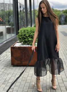 Swans Style is the top online fashion store for women. Shop sexy club dresses, jeans, shoes, bodysuits, skirts and more. Formal Dresses Uk, Simple Dresses, Casual Dresses, Short Dresses, Fashion Dresses, Summer Dresses, Bride Dresses, Fashion Mode, Look Fashion