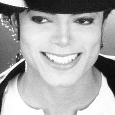 It's the SMILE...MICHAEL JACKSON