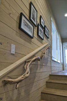 1000 images about banister handrails on pinterest wall for Rampe escalier bois flotte