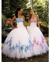 vestidos blancos con celeste y rosa