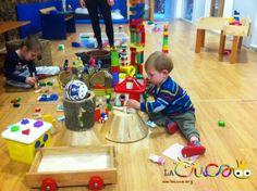 La cuca, espai de criança: Construccions