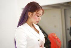 Media Tweets by 𝐚𝐢𝐥𝐞𝐞 𝐩𝐢𝐜𝐬 ♡ (@Daintyaileepic) / Twitter Ailee, Kpop Girls, Coat, Jackets, Twitter, Fashion, Down Jackets, Moda, Sewing Coat