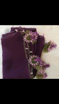 This Pin was discovered by Emi Needle Lace, Green Shirt, Dress Patterns, Needlework, Diy And Crafts, Crochet, Herbs, Slipcovers, Felting