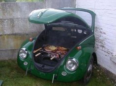 Funny and quit cool.volkswagen turned into a grill Car Furniture, Furniture Projects, Old Tires, Deco Originale, Outside Living, Cool Pools, Vw Beetles, Car Parts, Grilling