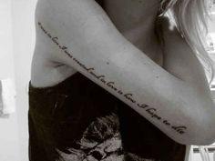 Schriftzug, Schrift, Text, Gedicht, Sprüche, Tiefgründige Tattoos