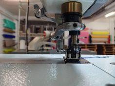 #bda_factory . . O #bda_factory produz coleções de pequenas, médias e grandes quantidades. Desenvolvemos a modelagem e fazemos os protótipos. A necessidade do cliente é a essência do nosso trabalho.  Gostava de saber mais informações? Entre em contacto connosco: geral@bdalisboa.com +351 924484995 (WhatsApp)  #bdalisboa #bdainspira #consumosustentavel #madeinportugal #whomademyclothes