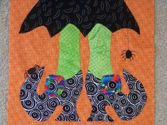 Free Halloween Witch Shoe Quilt Pattern with applique templates from Attic Window Quilt Shop