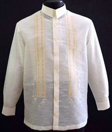 Barongsrus-Jusilyn Barong Tagalog A sharp style for an impeccable formal look. Barong Tagalog, Filipiniana Dress, Philippines Fashion, First Communion Dresses, Line Shopping, Formal Looks, Point Collar, Mandarin Collar, Flower Dresses