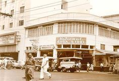 The National Bookstore in Rizal Avenue corner Soler in Manila. Philippines Culture, Manila Philippines, Philippine Architecture, Thing 1, Wallpaper Space, Pinoy, History Facts, Vintage Pictures, Old Photos