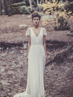 Laure de Sagazan Size 2 Wedding Dress – OnceWed.com | PAID: $4000 ASKING: $2500 save 38% | http://www.oncewed.com/used-wedding-dresses/laure-de-sagazan-2/