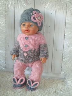 Knitting Dolls Clothes, Doll Clothes Patterns, Doll Patterns, Clothing Patterns, Knitting Patterns, Child Doll, Baby Dolls, Knitted Hats, Crochet Hats