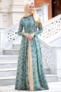 Puane - Yeşil Abiye Elbise - Thumbnail Batik Fashion, Abaya Fashion, Modest Fashion, Fashion Dresses, Hijab Evening Dress, Hijab Dress, Muslim Women Fashion, Islamic Fashion, Mode Abaya