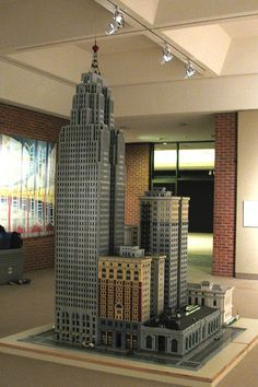 """decoarchitecture: """" Detroit's Penobscot Building and neighbors, in Lego form. flamezgeek: """" Penobscot Block, Detroit, Michigan LEGO Model displayed at Midland center for the Arts by DecoJim on. Lego Skyscraper, Urban Design Concept, Building Drawing, Lego Architecture, Contemporary Architecture, Lego Worlds, Lego Models, Building Structure, Lego Building"""
