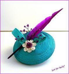 Bibi-Chapeau Rétro ~ Fleur de Nacre, Agates et Plume sur Buntal Turquoise - Mariage,cérémonie, cocktail : Chapeau, bonnet par justforlady