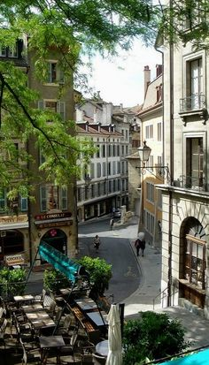 Rue Saint-Léger, Geneva, Switzerland (by mgrenner57 on Flickr)