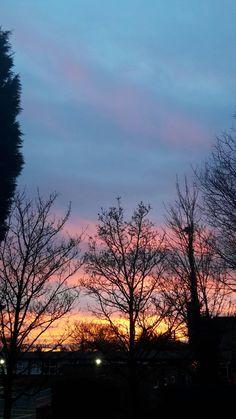Cozy, colourful evening sky <3