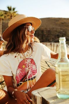 Sincerely Jules Collection - Julie Sariñana's Inspiration - Surfer Girl Style Girl Fashion Style, Bad Fashion, Look Fashion, Surf Fashion, Bohemian Fashion, Asian Fashion, Boho Outfits, Cute Outfits, Fashion Outfits