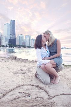Great same sex couple posing. Chicago Ohio Beach engagement session LGBT, same sex couples, same sex weddings, love Lesbian Engagement Pictures, Beach Engagement Photos, Engagement Session, Cute Lesbian Couples, Lesbian Love, Couple Posing, Couple Shoot, Sweet Couple Photos, Lesbians Kissing