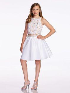 7ad6509782f61 12 Yaş Abiye Elbise, Mezuniyet Elbise Modelleri Beyaz Kısa İki Parça Göbeği  Açık Kolsuz Boncuk İşlemeli