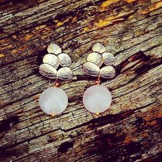 Pendientes Arbol Rosa - PVP: 35 € Fashion Brands, Stud Earrings, Jewels, Elegant, Pretty, Jewellery, Ideas Para, Piercing, Beauty