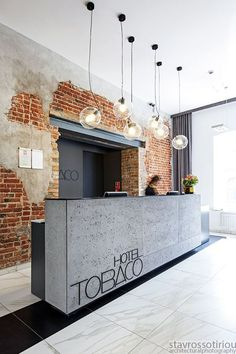 Modern Reception Desks Design Inspiration – The Architects Diary: – Modern Corporate Office Design Corporate Office Design, Modern Office Design, Office Designs, Modern Offices, Dental Office Design, Healthcare Design, Corporate Identity, Identity Design, Bureau Design