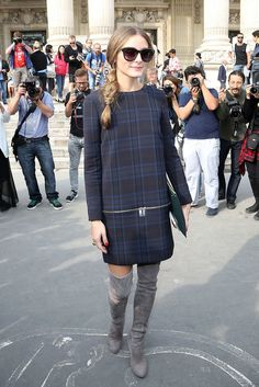 Leave it to Olivia Palermo to rock a Zara dress to Paris Fashion Week. She upped the glam factor thanks to a pair of gray suede over-the-knee boots, a green clutch, and statement sunglasses while outside the Carven show. Fashion Week Paris, Fashion Show, Style Olivia Palermo, Olivia Palermo Lookbook, Vestidos Zara, Zara Outfit, Pharrell Williams, Zara Dresses, Nice Dresses