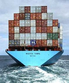 Maersk Line gaat trager varen - Logistiek. Navy Special Forces, Tanker Ship, Maersk Line, My Future Job, Marine Engineering, Private Yacht, Merchant Marine, Cargo Container, Sea And Ocean