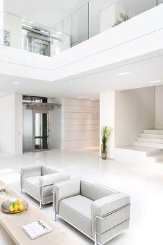 tumblr n5vzbnGEUI1rwv0r5o1 500 100 Modern Interiors