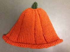 How freaking cute is this hat? It was so simple to make and will look adorable on a certain baby niece. I also plan on making a few more and perhaps selling them at the upcoming craft show. Pumpkin hats are cute hats.