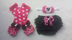 Your little lady is sure to make a fashion statement in this stylish Minnie Mouse Shabby Headband, Bloomers, and Leg warmer three piece set that can
