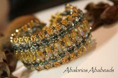 Una pieza que  Magdalena Tata de Illusion Bazaar  compartio conmigo y que es hermosa.  Rondeles checos seed beads