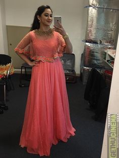 The Stylish And Elegant Gown In Pink Colour Looks Stunning And Gorgeous With Trendy And Fashionable Fabric Looks Extremely Attractive And Can Add Charm To Any Occasion. Long Gown Dress, Lehnga Dress, Cape Dress, Long Frock, Lehenga Blouse, Saree, Designer Party Wear Dresses, Indian Designer Outfits, Stylish Dresses