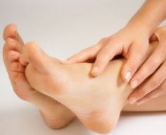 How to get rid of athlete's foot naturally.