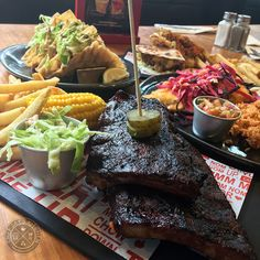 Applebee's , the American Grill & Bar franchise, finally opened their second Philippine branch last July 2016 at Eastwood City - a welcom...