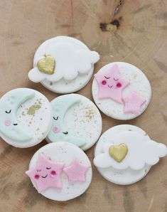 Items similar to Twinkle Twinkle Little Star Toppers, Cupcake Decorations, To The Moon and Back Toppers, Baby Shower Toppers- on Etsy Fondant Toppers, Cupcake Toppers, Cupcake Ideas, Cupcake Recipes, Cupcake Cakes, Baby Cookies, Baby Shower Cookies, Baby Shower Cupcakes Decorations, Star Cupcakes