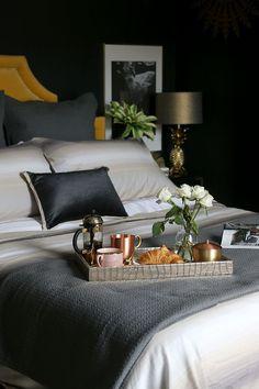 eclectic black bedroom with gold accents Bedroom How to Get the Luxury Hotel Look at Home - Swoon Worthy Black Bedroom Design, Bedroom Black, Bedroom Green, Home Bedroom, Modern Bedroom, Bedroom Ideas, Dark Bedrooms, Girls Bedroom, Fall Bedroom