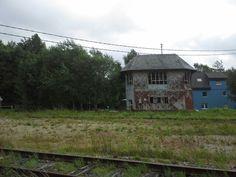 Veel oude stationsgebouwen zoals hier bij Sourbrodt.