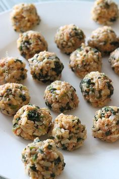 These mini baked Italian rice balls are made with brown rice, chicken sausage, spinach and mozzarella cheese. Served with some warm marinara sauce, they make the perfect finger foods for the Holiday season or any time you want to serve appetizers.  The Holidays are right around the corner, so this week I am sharing Holiday recipes to get you in the spirit. I don't know about you, but I love Italian rice balls. They are often deep fried and high in calories so I typically stay away unless ...