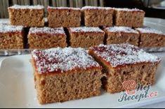 Příprava receptu Medový perník posypaný kokosem Krispie Treats, Rice Krispies, Sweet Cakes, Rum, Banana Bread, Food And Drink, Yummy Food, Baking, Pies