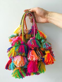 Peruvian PomPom Tassles that come in pair Cascade PomPom Tassels in Alpaca Wool Pom Pom Crafts, Yarn Crafts, Diy And Crafts, Crafts For Kids, Arts And Crafts, Paper Crafts, Pom Pom Diy, Paperclip Crafts, Upcycled Crafts