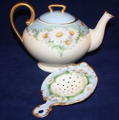 T V Limoges Daisies Teapot and Tea Strainer Set