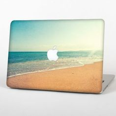 """The Vintage Beach Scene Skin Set for the Apple MacBook Pro 15"""" with Retina Display"""