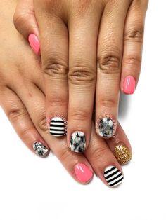 Smoosh nails. Black and white lines. #PreciousPhan