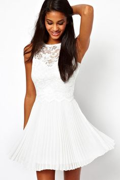 Do you want to wear white dresses online? Here are 23 white dresses online and 7 tips on how to wear them with style this summer. White Sleeveless Dress, White Chiffon, Chiffon Dress, White Dress, White Lace, Pleated Skirt, Ball Dresses, Cute Dresses, Prom Dresses